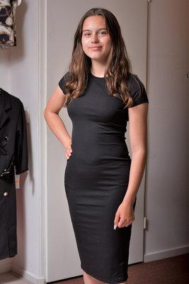 Zwarte jurk met korte mouw